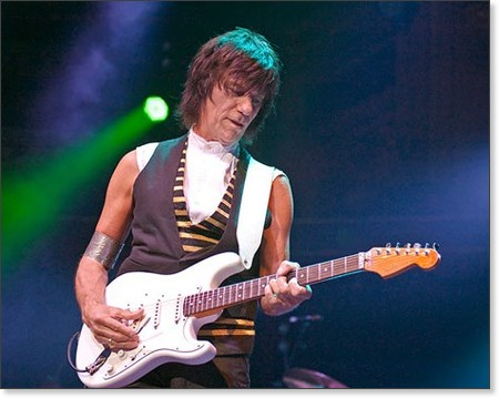 http://www.gigwise.com/news/61579/Jeff-Beck-I%27m-Recording-New-Album-With-Rod-Stewart