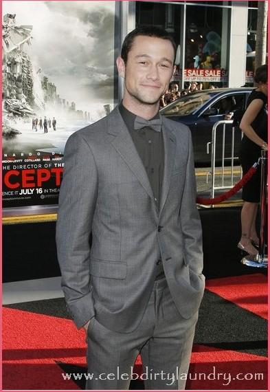 http://www.celebdirtylaundry.com/2011/03/19/joseph-gordon-levitt-confirmed-for-the-dark-knight-rises/