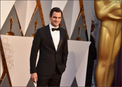 https://www.washingtonpost.com/news/early-lead/wp/2016/02/28/roger-federer-downs-tequila-shot-tops-aaron-rodgers-for-best-sports-star-oscar/