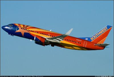 http://cdn-www.airliners.net/aviation-photos/photos/3/5/2/1779253.jpg