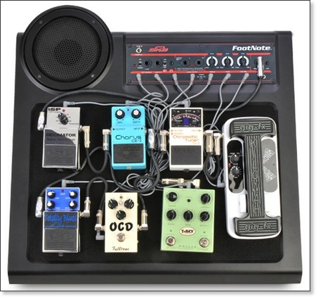 http://iheartguitarblog.com/2011/06/cool-gear-alert-skb-footnote-amplified-pedalboard.html?utm_source=feedburner&utm_medium=feed&utm_campaign=Feed%3A+blogspot%2FCNYC+%28i+heart+guitar%29
