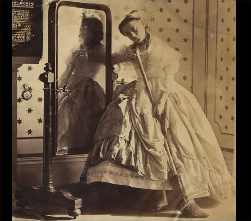 ヴィクトリア朝時代の女性の写真...
