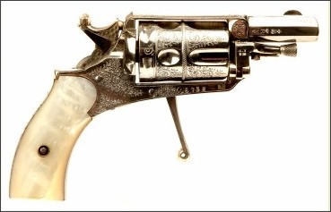 http://www.deactivated-guns.co.uk/obsolete-calibre-firearms/an-absolutely-stunning-condition-belgium-made-velo-dog-revolver-/prod_6352.html