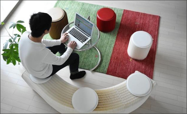 ハニカム模様も美しい本格派の紙製家具「DuCote」
