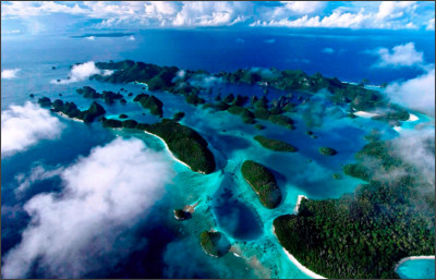 http://mother-earth.xyz/wp-content/uploads/2015/11/amazing-view-raja-ampat-archipelago-from-abov.jpg