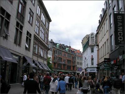 http://www.lares.dti.ne.jp/~tm230517/DTI_forFTP/Copenhagen_2010/CopenhagenCenter_2011_SANY0219.jpg