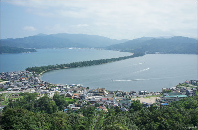 http://www.kanpai.fr/sites/default/files/uploads/2011/08/amanohashidate-11.jpg