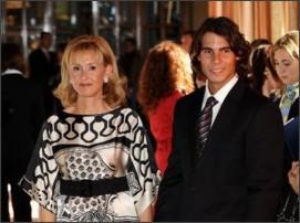 http://www.zimbio.com/pictures/SvHjbC8xU93/Prince+Asturias+Awards+2008+Pre+Events/0zkkHT3coUP/Rafael+Nadal