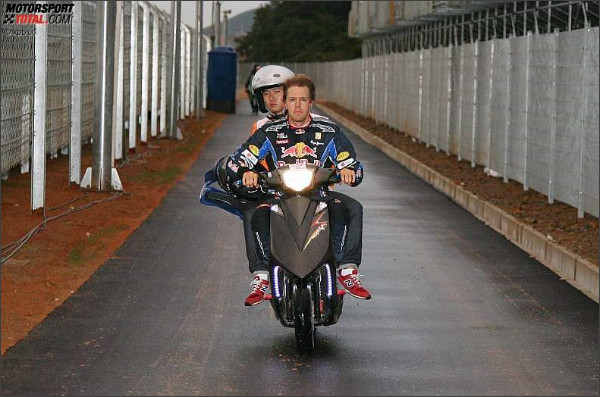 http://www.motorsport-total.com/bilder/2010/101024/z1287913253.jpg