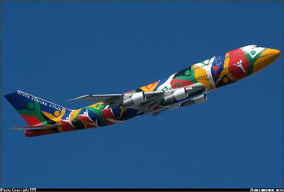 http://cdn-www.airliners.net/aviation-photos/photos/4/2/4/0413424.jpg