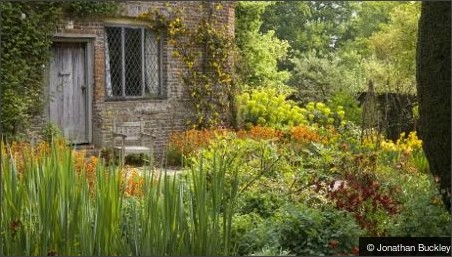 http://www.nationaltrust.org.uk/sissinghurst-castle-garden/