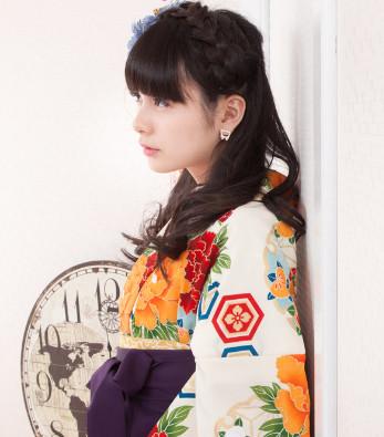 http://www.hakama-girls.net/search/detail/?prod_id=13269