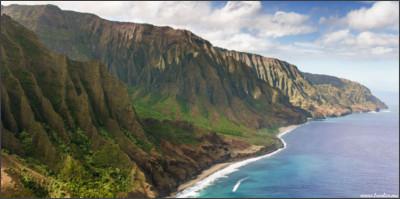 http://www.lawlor.me/wp-content/uploads/2014/05/25-Na-Pali-Coast-Hawaii-USA-Download.jpg