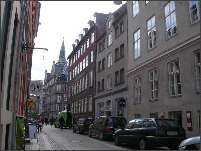 http://www.lares.dti.ne.jp/~tm230517/DTI_forFTP/Copenhagen_2010/CopenhagenCenter_2011_SANY0259.jpg