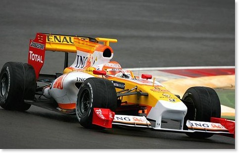 http://f1-gate.com/renault/r29_photo.html