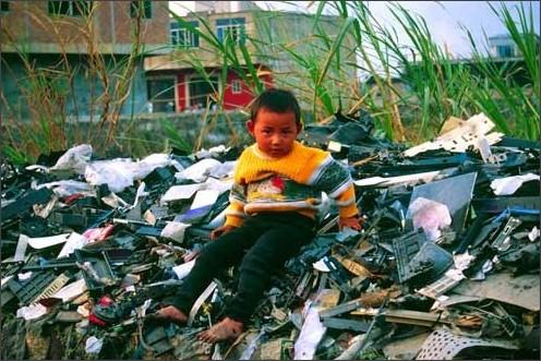 http://www.ban.org/photogallery/china_guiyu/images/large/childon_garbage_pic.jpg