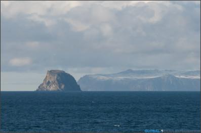 http://arcticocean.globaloceanexploration.com/wp-content/uploads/2012/01/beringstrait_nikon-2.jpg