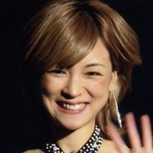 吉澤ひとみの写真