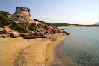 http://static.beachoo.com/beaches/beach_Porto-Ferro-di-Sassari-554e5321716e8.jpg