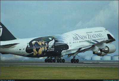 http://cdn-www.airliners.net/aviation-photos/photos/3/9/5/0050593.jpg
