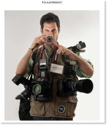http://photopostsblog.com/2009/01/19/funny-photographers/
