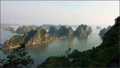 http://halongbayvietnam.org/uploads/bai_tho_152.jpg