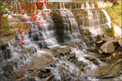 http://www.cityofwaterfalls.ca/wp-content/uploads/2015/02/Albion-Falls-by-Mark-Harris.jpg