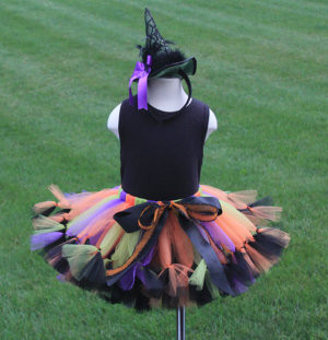 http://www.etsy.com/listing/107827054/cutest-spider-witch-costume-tutu-set?ref=sr_gallery_13&ga_search_query=witch+costume&ga_order=most_relevant&ga_view_type=gallery&ga_ship_to=JP&ga_ref=auto1&ga_search_type=all&ga_facet=witch+costume