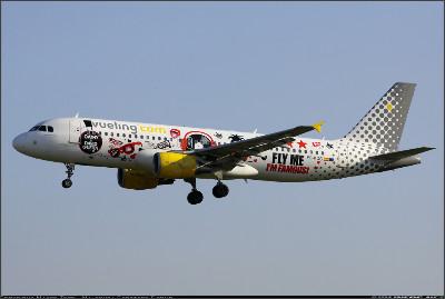 http://cdn-www.airliners.net/aviation-photos/photos/8/4/7/2065748.jpg