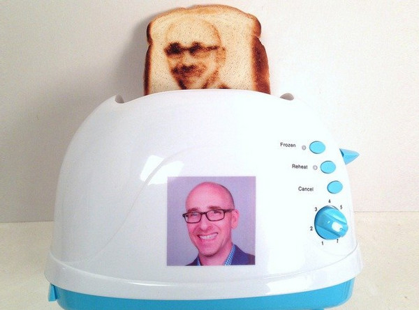 http://mashable.com/2014/07/16/how-you-make-selfie-toast/