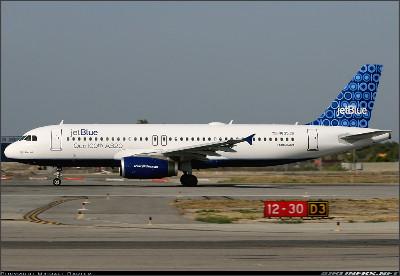 http://cdn-www.airliners.net/aviation-photos/photos/8/5/2/1214258.jpg