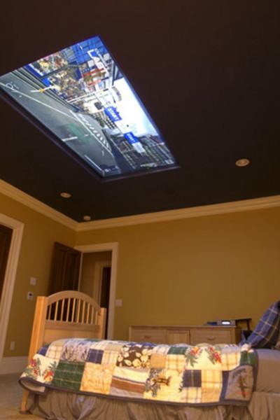 http://kr.engadget.com/2009/07/28/98-inch-display-inside-kids-bedroom-ceiling/