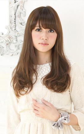 http://www.loretta-jp.com/style/s_long/long_style01/