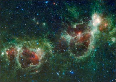 https://upload.wikimedia.org/wikipedia/commons/a/ad/Heart_and_Soul_nebulae.jpg