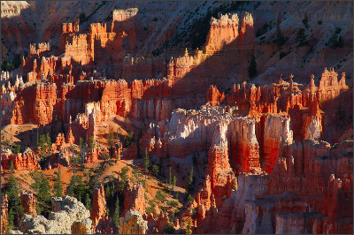 http://www.digital-images.net/Images/SW_Scenic/BryceCanyon/SunrisePt_SunsetPt/Bryce_Canyon_Hoodoos_Sunset_Point_X1882.jpg