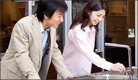 http://www.lixil.co.jp/lineup/kitchen/?gclid=EAIaIQobChMIsLXoiuXk1gIVl45oCh3VuAkDEAAYASAAEgK8k_D_BwE