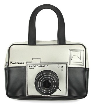 http://www.uberreview.com/2006/11/snap-camera-bag.htm