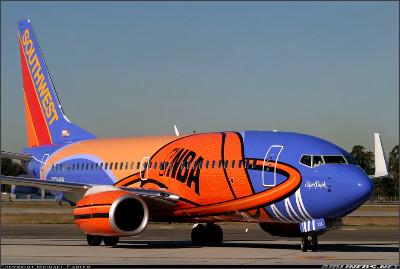 http://cdn-www.airliners.net/aviation-photos/photos/8/1/1/0972118.jpg