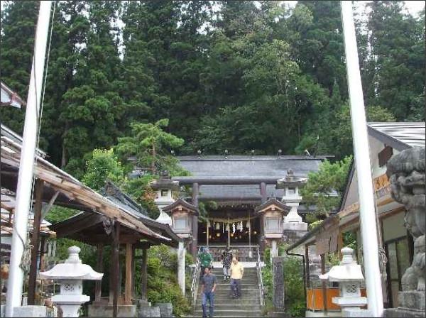 http://ameblo.jp/yamaji-okami/image-10340490094-10251519744.html