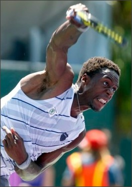 http://sports.yahoo.com/top/gallery?search=monfils#photoViewer=urn%3Anewsml%3Asports.yahoo%2Cap%3A20050301%3Aten%2Cphoto%2Cap-201203241354500481076%3A1