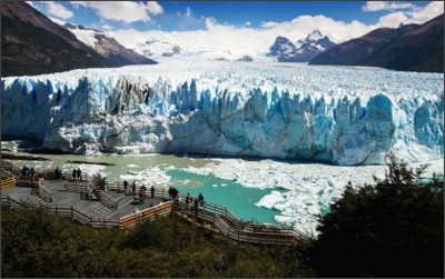 http://www.onlyadayaway.com/wp-content/uploads/2016/05/01-how-to-get-to-perito-moreno-glacier-and-what-to-do-there-2016-05-02.jpg