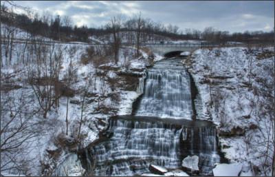 http://2.bp.blogspot.com/-8cmJQ-2lIk8/UNauwDvK4gI/AAAAAAAAOhg/WBTNISjuNBg/s1600/Albion+Falls+Hamilton+01.jpg