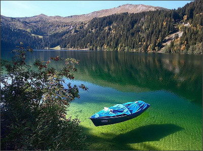 http://www.linkbulb.com/uploads/contents/150506/Le-lac-Gruner-See-Etat-de-Styrie-Autriche-photo-10.jpg