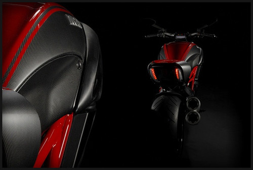 http://www.ducati.com/news/the_name_is_diavel__/2010/10/12/1827/index.do