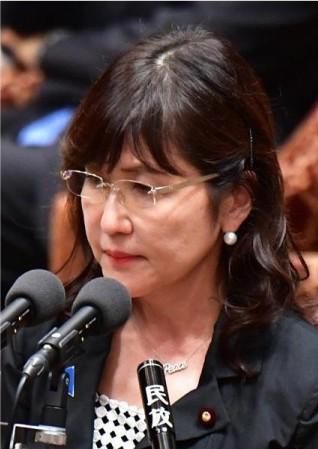http://www.sankei.com/politics/photos/160930/plt1609300037-p1.html