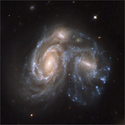 http://endoftime7.com/wp-content/uploads/2012/09/02-Double-Galaxies-in-the-Hurcules-Galaxy-Cluster-Arp-272.jpg