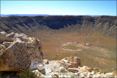 http://handluggageonly.co.uk/wp-content/uploads/2014/11/Meteor-Crater-Arizona-USA-Travel-Blog-Hand-Luggage-Only-0000.jpg