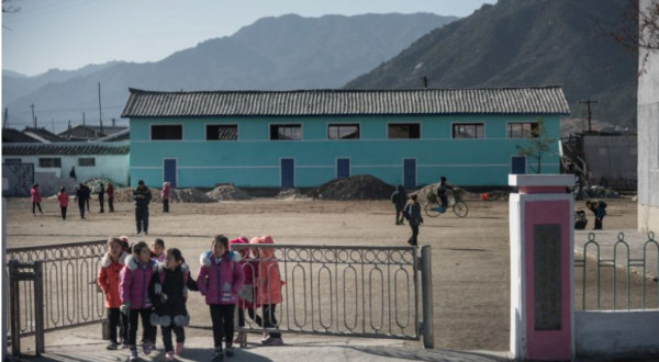 http://www.ntd.tv/2017/12/08/china-prepares-refugee-camps-at-border-with-north-korea/