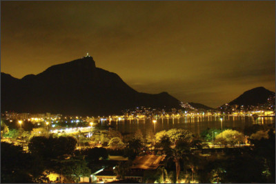 http://famouswonders.com/wp-content/gallery/christ-the-redeemer/shot-of-corcovado-at-night.jpg